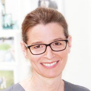Tierärztin Isabel Detje bei Tierarztbergedorf
