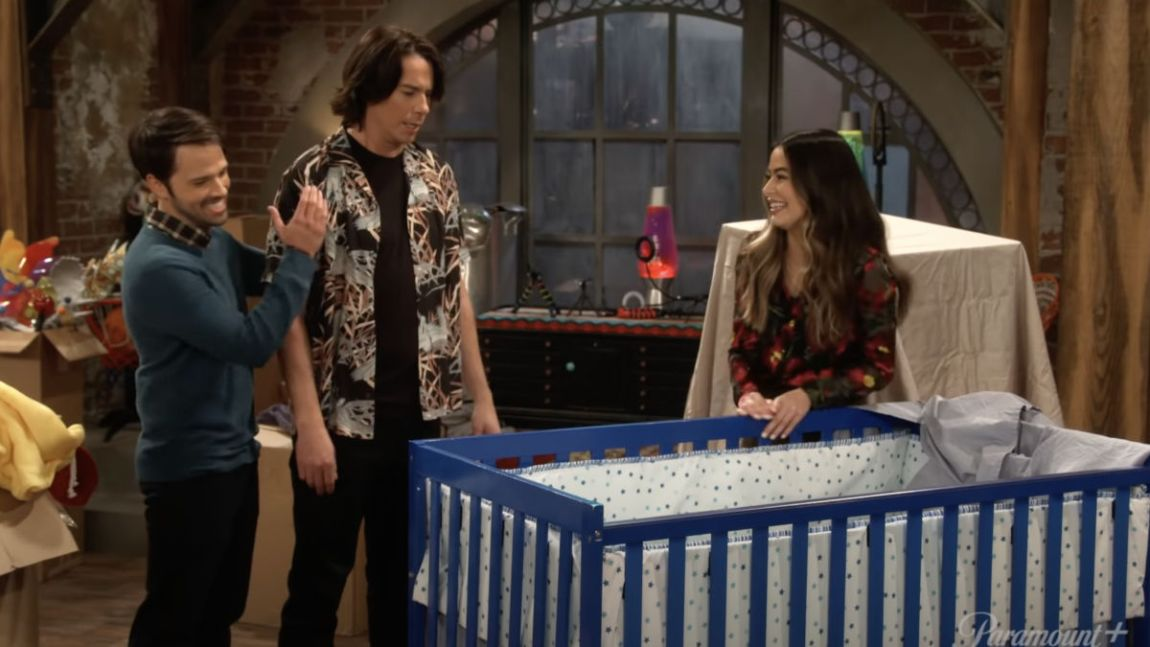 Where to see iCarly 2021?