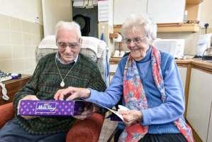 Cita de amor a los 100 años. Terminó con serenata
