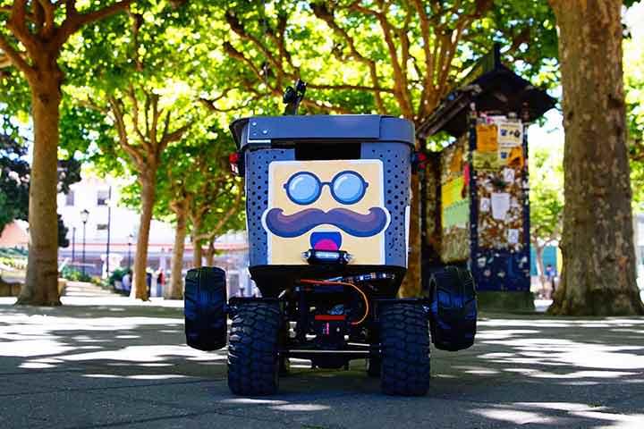 Ya están en funcionamiento los Robots delivery