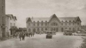 Postal de época. Plaza de la Estación.