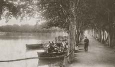 Barcas en el lago de Puigcerdá.