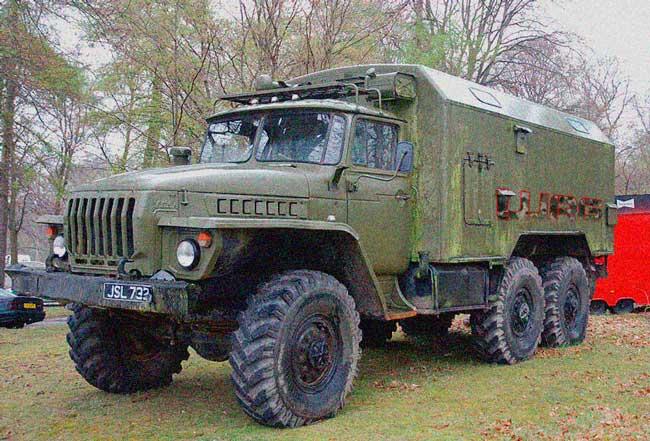 Survival Zombie - Camión militar