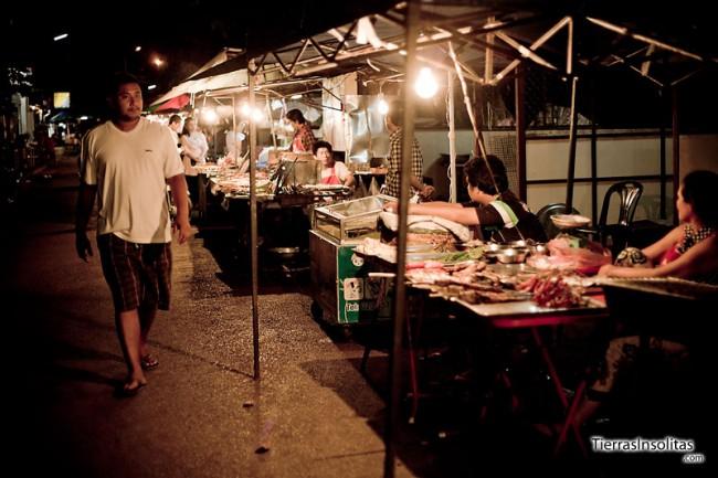 mercado de comida nocturno vientiane