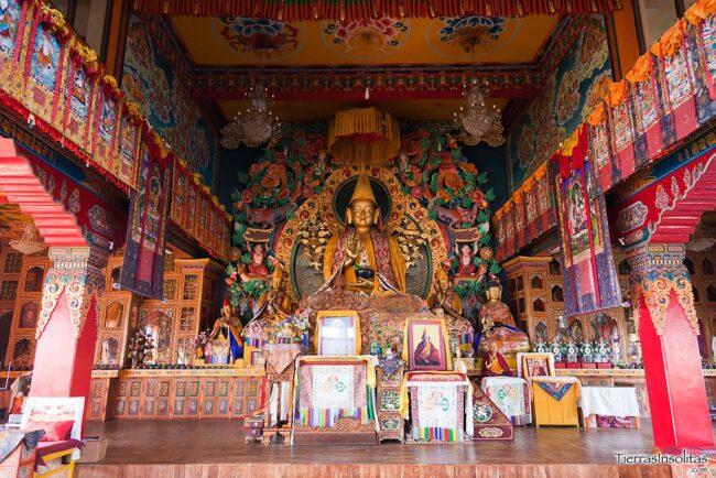 interior del monasterio de kopan