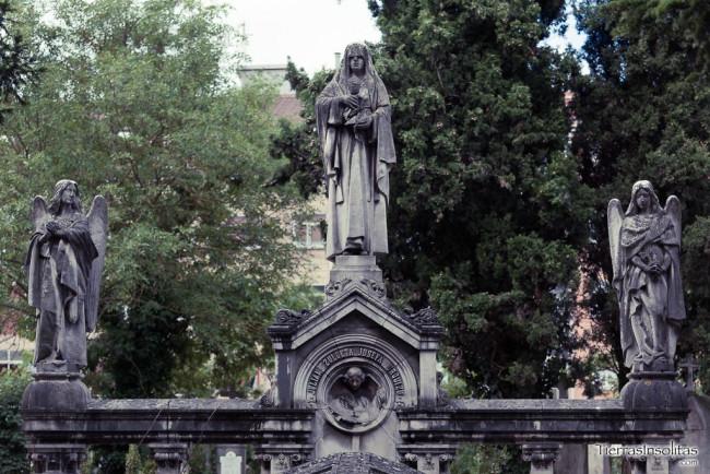 capilla-panteón familia zulueta
