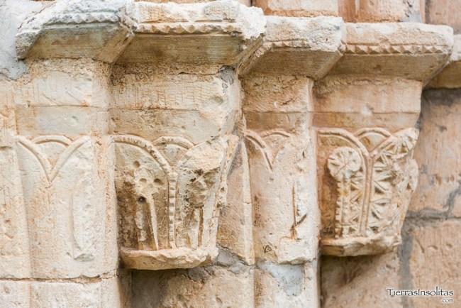 detalle capiteles ermita nuestra señora de granado