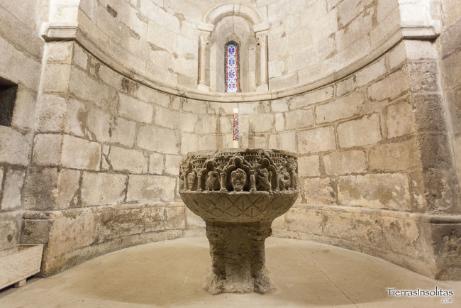 pila bautismal templo estíbaliz