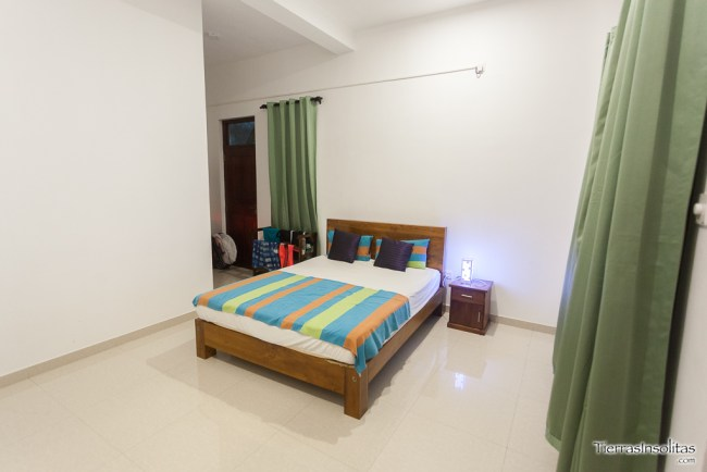 leisure villa negombo