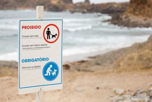 prohibiciones playa do portinho da areia do norte