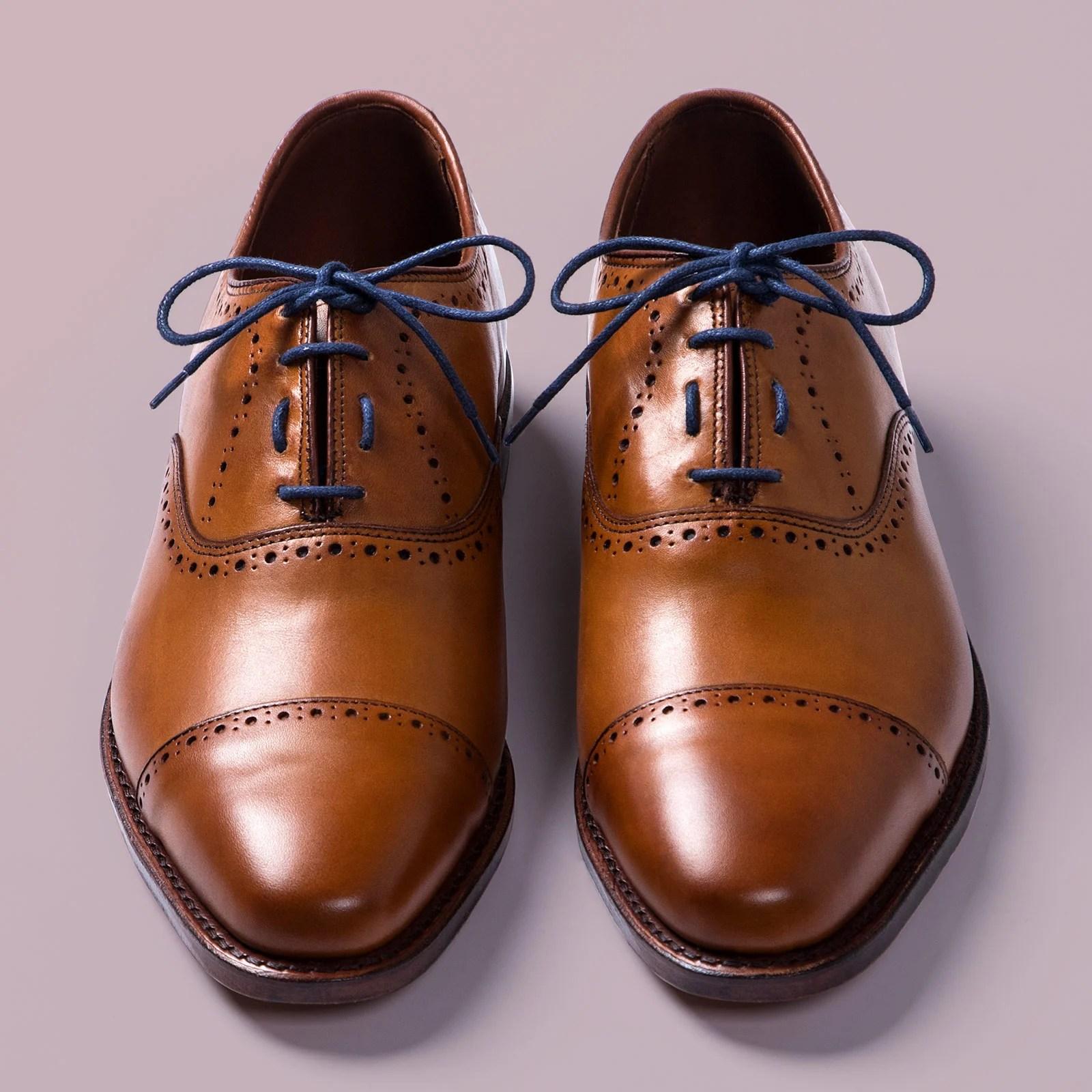 Straight Bar Shoe Lacing Tutorial