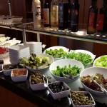 Das Salat-Buffet lässt keine Wünsche offen.