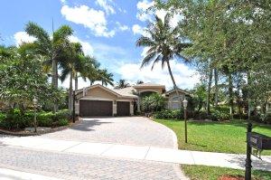 Long Lake Estates Home for sale at $950,000