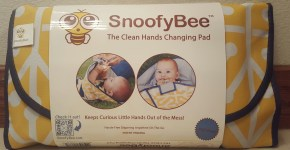 SnoofyBee: The Clean Hands Changing Pad