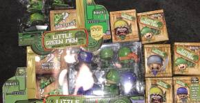 MGAE Awesome Little Green Men Toys Christmas Guide