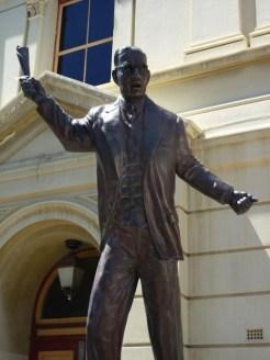 Bronze statue of John Curtin, Prime Minister of Australia and native of WA - Fremantle