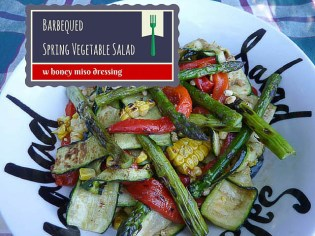 BBQ barbequed asparagus, corn, capsicum and zucchini with grill marks, in a salad bowl