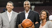 HOUSTON – On a night in which Texas Southern head men's basketball coach Mike Davis secured his 250thcareer victory TSU's Fred Sturdivant led the charge with aimpressive performance scoring 21 […]