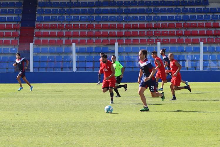 Fútbol en el José Dellagiovanna