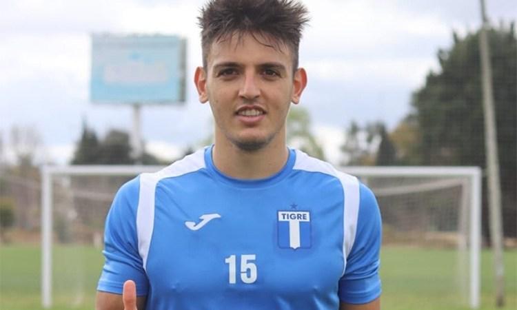 Juani Cavallaro por 6 meses