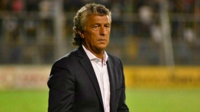 """Néstor Gorosito: """"Yo no estoy prendido con los jugadores, nadie me da un peso a mí, como todos saben que pasa y ha pasado en Tigre en algún momento"""""""