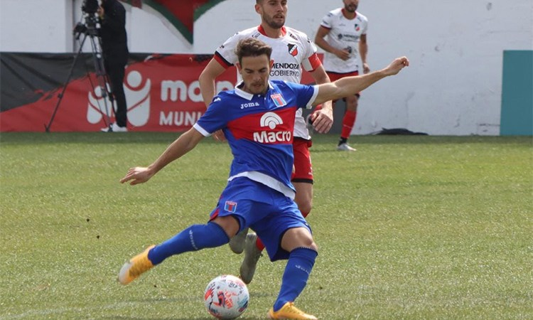 Tigre goleó a Maipú y se acercó a la punta