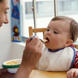 Alimentatia bio pentru bebelusi: moft sau necesitate ?