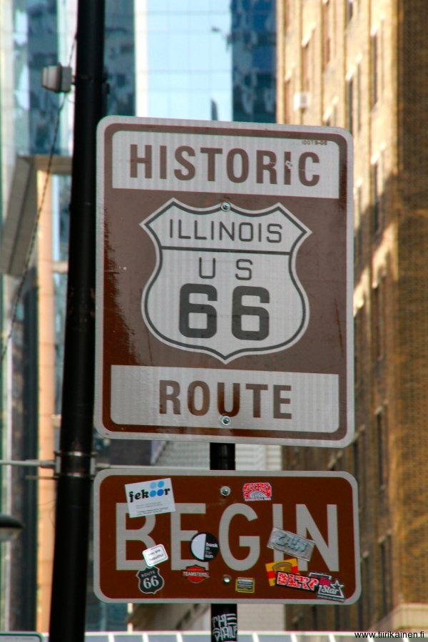 historic route 66 begin sign in chicago