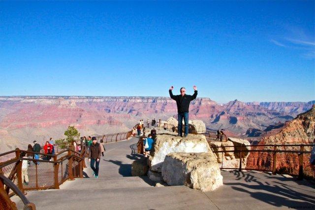 Vesa cheering at Mather Point Grand Canyon