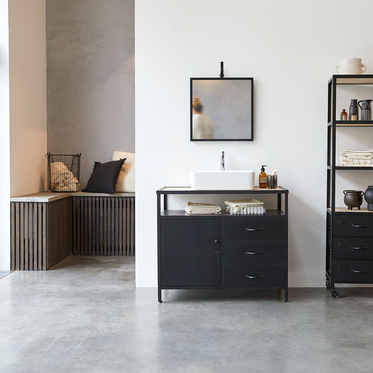 meuble salle de bain en metal et manguier 95 industriel