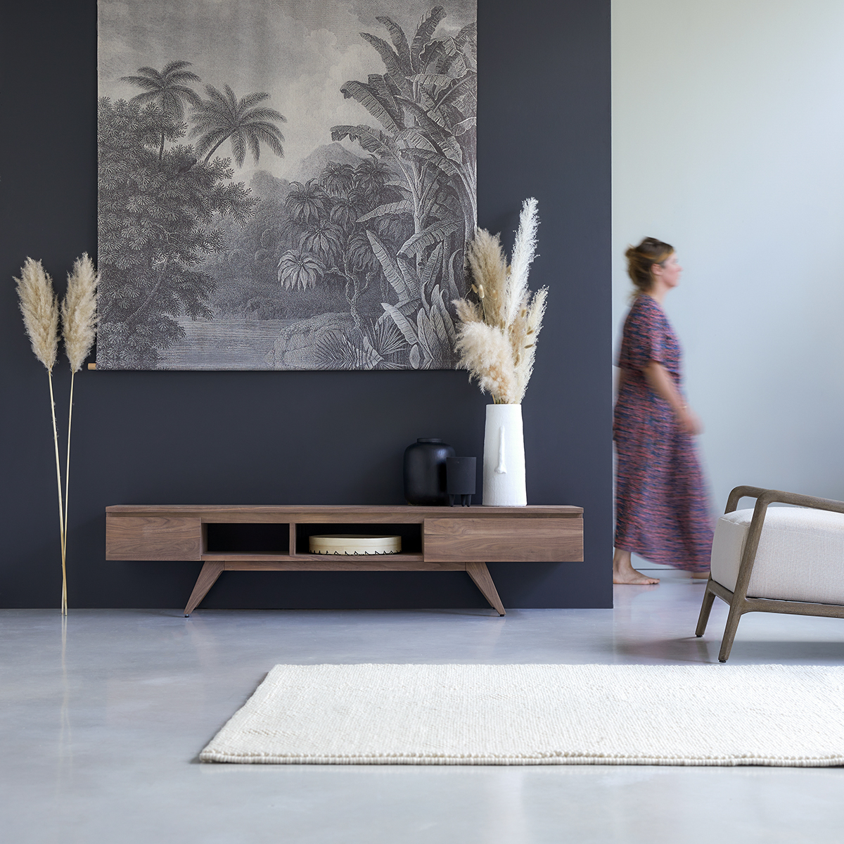 meuble tv en noyer massif esmee 180 cm