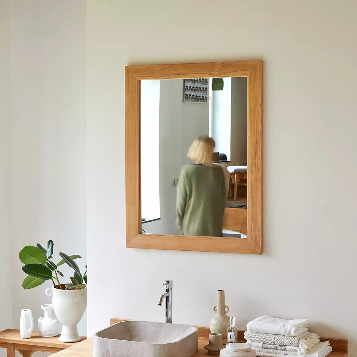Miroir En Teck 90 X 70 Cm Accessoires De Salle De Bain Tikamoon