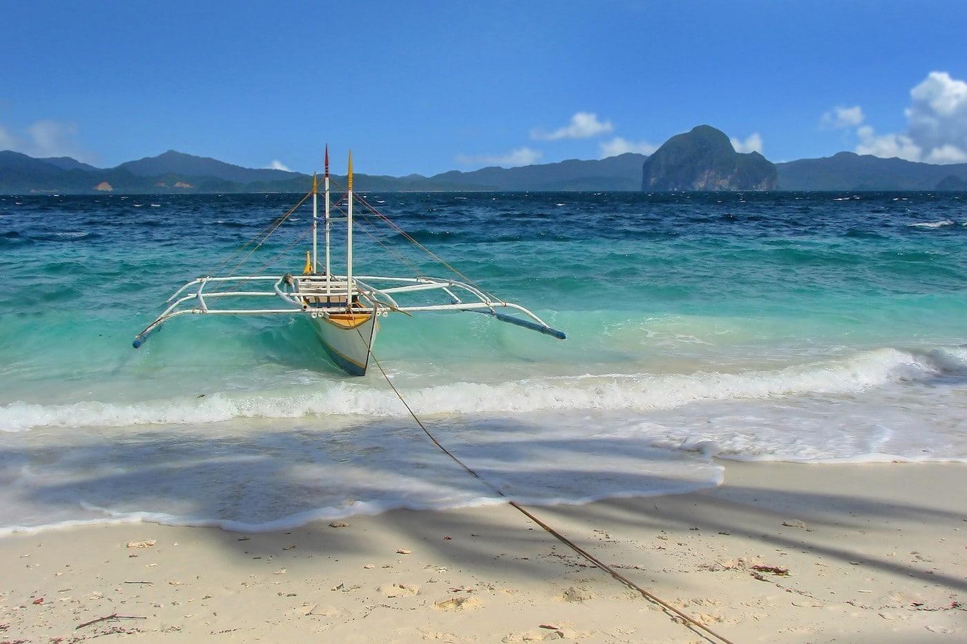 Entalula Beach in El Nido, Palawan