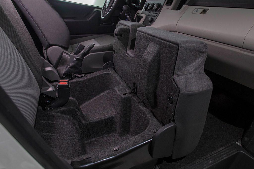 Toyota GL Grandia Interior Front