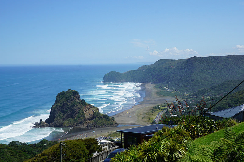 piha beach views