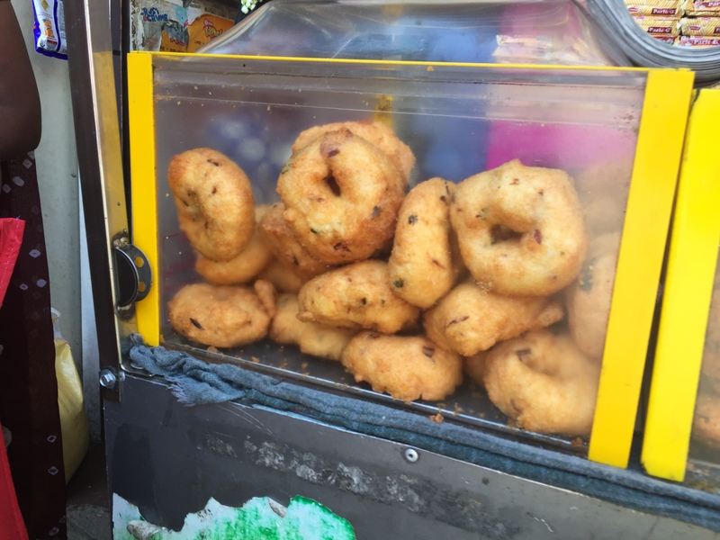 lentil donuts in kerala