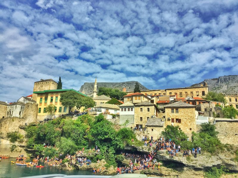 where to watch cliff diving in mostar