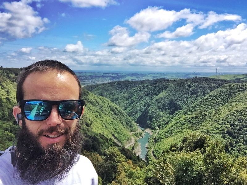 manawatu gorge selfies