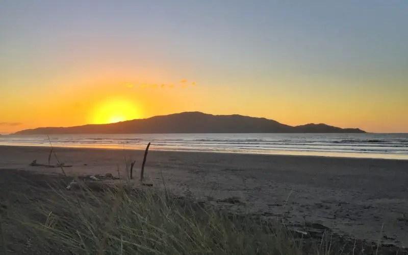 waikanae beach sunset