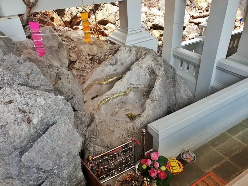 buddhas footprint