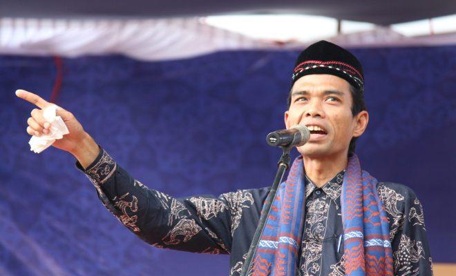 Tanggapi Perceraian Ustaz Abdul Somad, Begini Komentar Fahri Hamzah dan Arie Untung