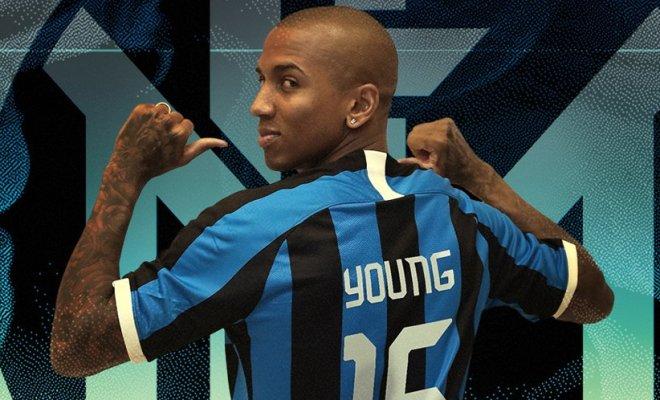 Ashley Young Resmi ke Inter Milan