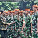 Jokowi Perpanjang Usia Pensiun Prajurit TNI