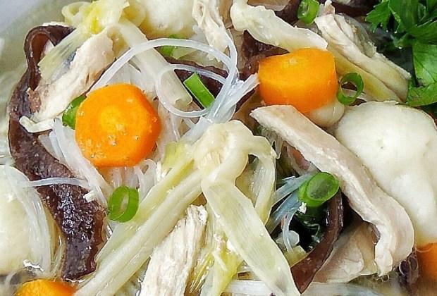 TIKTAK.ID - Musim Hujan Enaknya Bikin Sup Kimlo Sendiri di Rumah