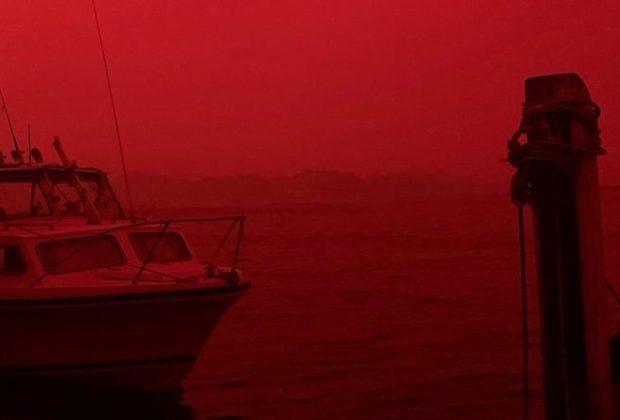 Jelang Detik-Detik Pergantian Tahun, Langit Australia Mendadak Merah Darah, Apa yang Terjadi Sebenarnya?
