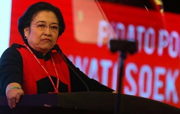 Megawati Digugat Kader PDIP