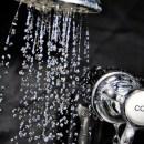 TIKTAK.ID - Manfaat Mandi Air Dingin untuk Kesehatan