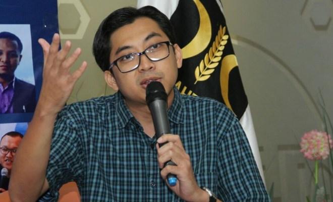 'Keukeuh' Tak Mau Lockdown Hadapi Corona, PKS: Jokowi Berpotensi Langgar Konstitusi