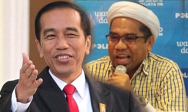Jokowi Diprotes Karena Bagi-Bagi Sembako Kepada Ojol, Apa Alasannya?