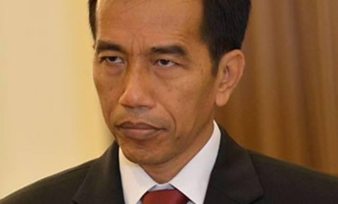 Geram Penyaluran BLT dan BST Sangat Lambat, Jokowi Tegur 3 Menterinya